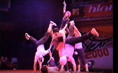 日本3年連続のベストショー!BOTY 2000「早稲田ブレイカーズ」
