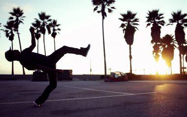 哀愁漂うターフィングダンス!華麗な足使いに注目!