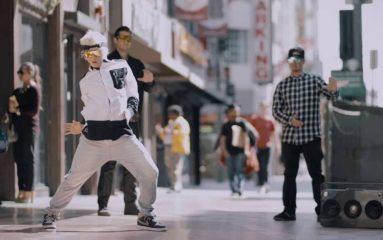 街中でちょいモブ!トップダンサー3人のスーパーポッピング!