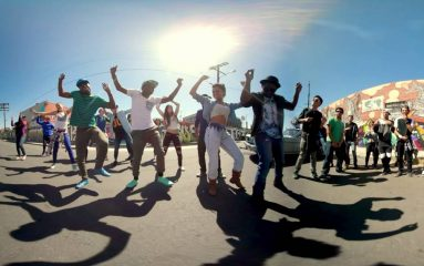 360°動画でダンスバトルに参加しよう!主役はあなたです!