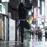 """雨の東京で「LIL BUCK」がターフダンシング!""""Tokyo Rain"""""""