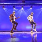 Les Twinsがマイケルジャクソン風に踊ったショーケース映像!