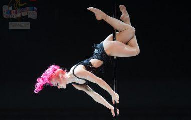 もはや芸術!ポールダンスの技が凄い!Polina Volchek