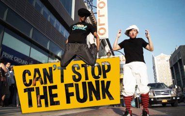 FireLock & Lilbがアポロシアター前で粋なロックダンス!