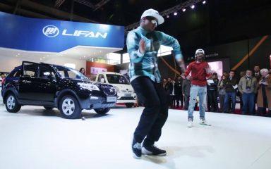Nonstop & Poppin John がモーターショーでコラボダンス!