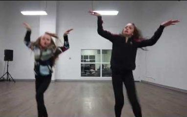 天才姉妹のダンスがヤバイ!Taylor Hatala & Reese Hatala