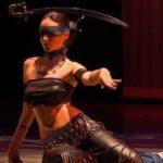 演武のようなベリーダンスが妖艶かつ神秘的!